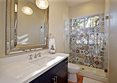 Pinnacle Canyon|  Guest Bath