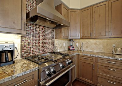 Pinnacle Canyon | Kitchen 2
