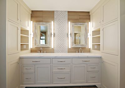 Arcadia Ranch l Master Bathroom
