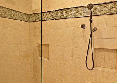 PV Condo | Master Shower