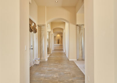 Pinnacle Peak | Hallway