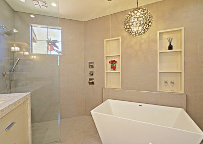 McDowell Mountain | Master Bath 2