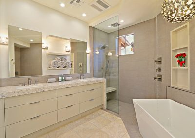 McDowell Mountain | Master Bath 3